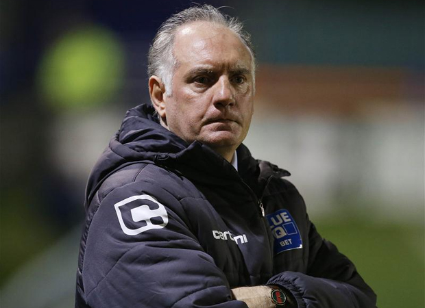 Alan Devonshire parts company with Braintree Town