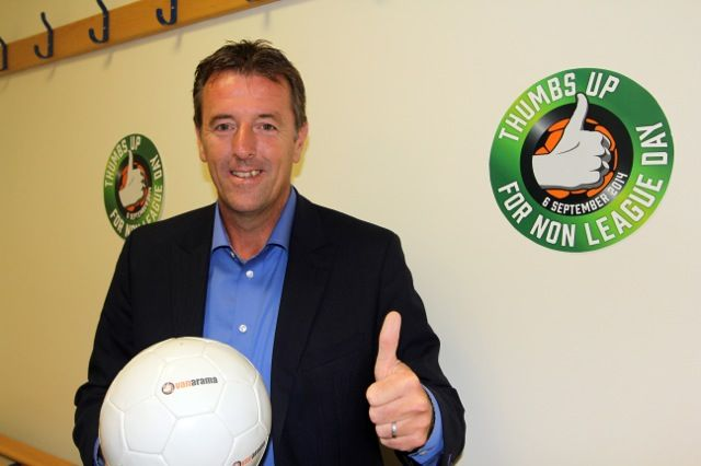 Vanarama's Thumbs Up For Non-League Day!