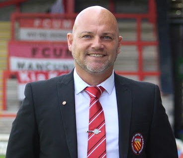 Neil Reynolds agrees new two year deal with FC United of Manchester