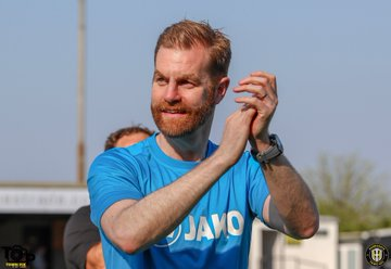 Harrogate Town boss Simon Weaver names his promotion hopefuls